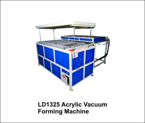 Advertising-Vacuum-Forming-Machine