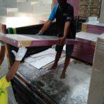 Proses Loading Material Jaya Akustik Sopran Dari Gudang Dasa 1